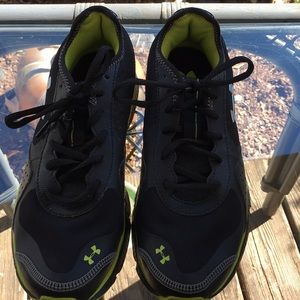 Underarmour sneakers
